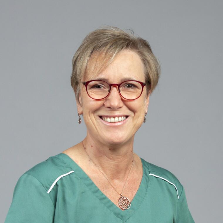 Monika Rauch in der Zahnarztpraxis Dres. Süllner