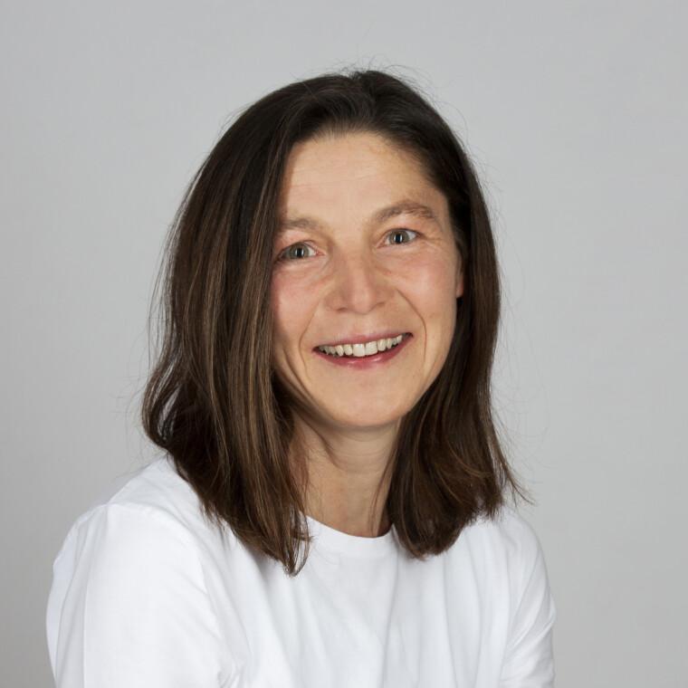 Rosi Höpfl bei zahnbogen – ihre heimatpraxis